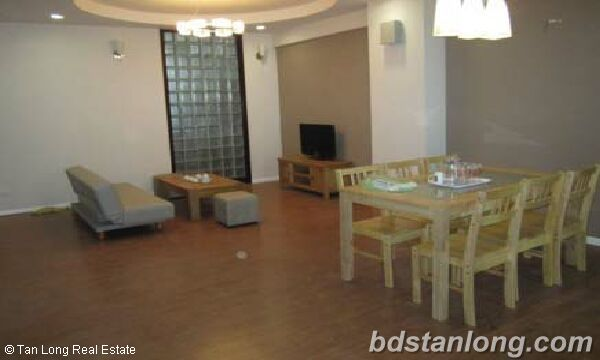 Apartment in Vuon Dao, Tay Ho for rent. 3