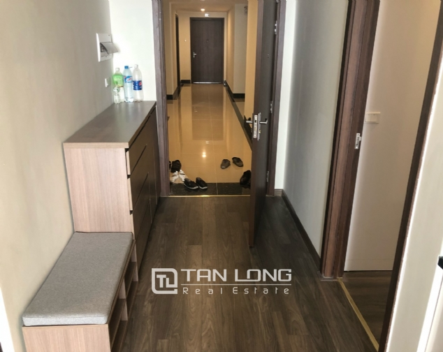 Apartment with 2 bedrooms in Lac Hong Building! 3