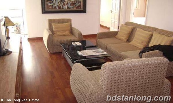 Apartment with 3 bedrooms in Ciputra, Tay Ho for rent 8