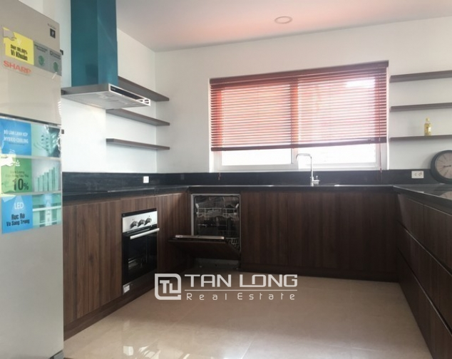 Apartments for lease in Tay Ho Street, Quang An Ward, Tay Ho District, Ha Noi. 4