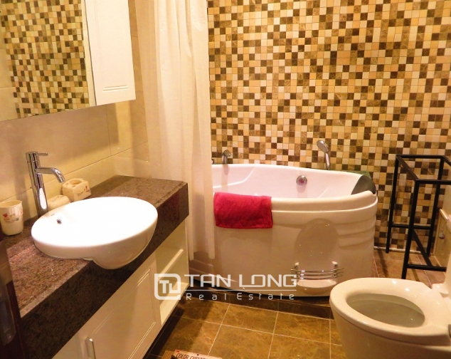 Attractive 1 bedroom apartment rental in Lancaster Hanoi, $900 5
