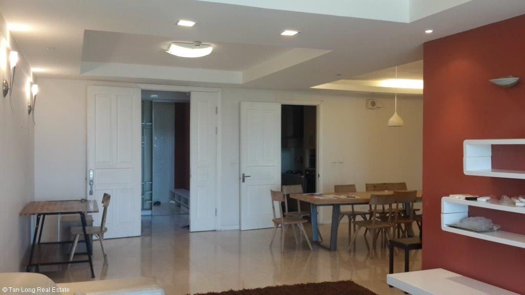 Attractive 3 bedroom apartment to sell in P1 Ciputra, Tay Ho, Hanoi 2