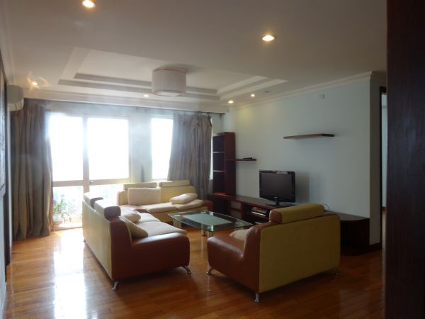 Attractive 4 bedroom apartment in G3 Ciputra for sale, full furniture