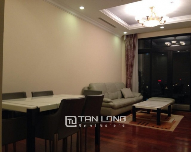 Attractive apartment to rent with 2 beds/ 2 baths in R2 Royal City Hanoi 1