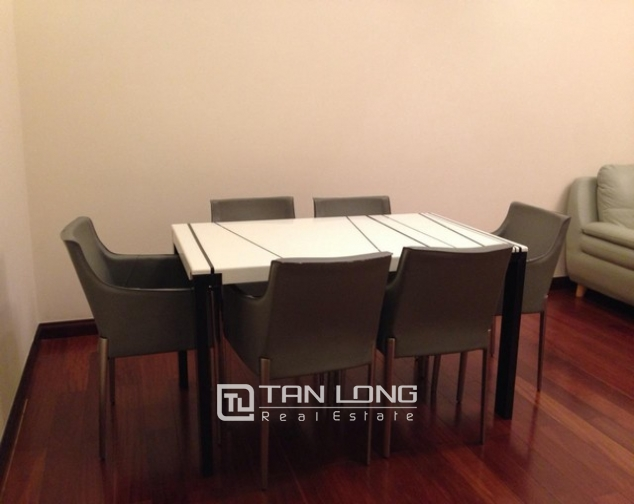 Attractive apartment to rent with 2 beds/ 2 baths in R2 Royal City Hanoi 3