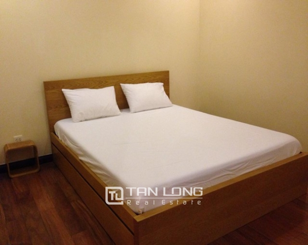 Attractive apartment to rent with 2 beds/ 2 baths in R2 Royal City Hanoi 7