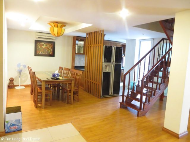 Attractive penthouse with 4 bedrooms for sale in E1 Ciputra, Tay Ho, Hanoi 3