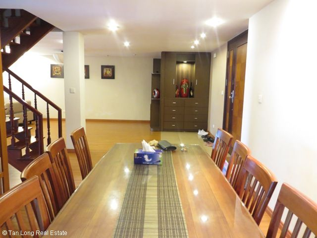 Attractive penthouse with 4 bedrooms for sale in E1 Ciputra, Tay Ho, Hanoi 4