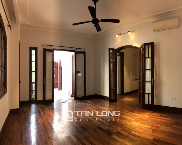 Awsome house with big swimming pool for rent in To Ngoc Van street! 4