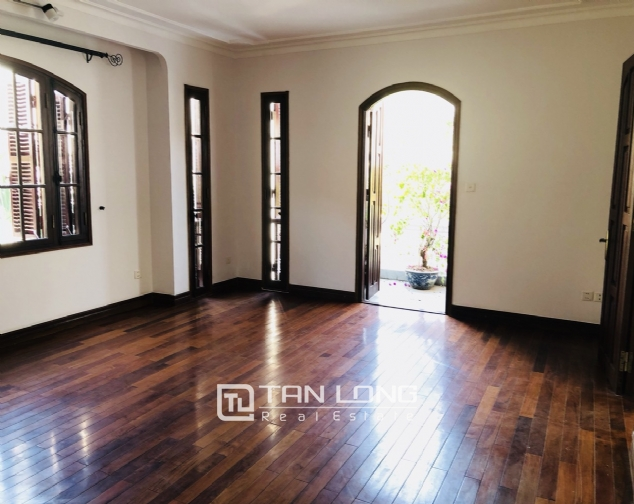 Awsome house with big swimming pool for rent in To Ngoc Van street! 2