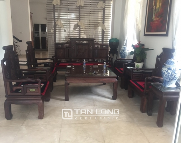 Awsome Villa T5 for Rent, Big Courtyard and Full Furniture in Ciputra, Tay Ho, Hanoi 3