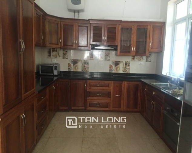 Awsome Villa T5 for Rent, Big Courtyard and Full Furniture in Ciputra, Tay Ho, Hanoi 5