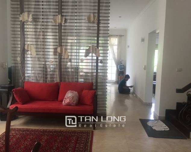 Awsome Villa T5 for Rent, Big Courtyard and Full Furniture in Ciputra, Tay Ho, Hanoi 6