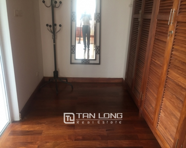 Awsome Villa T5 for Rent, Big Courtyard and Full Furniture in Ciputra, Tay Ho, Hanoi 9