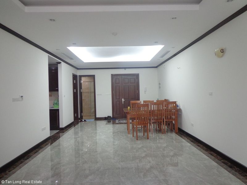 Basic furnished 2 bedroom apartment for rent in Plantinum Residence, Nguyen Cong Hoan str, Ba Dinh dist, Hanoi 2