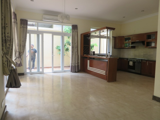 Basically equipped 4 bedroom villa for rent in T7 Ciputra, Tay Ho dist, Hanoi