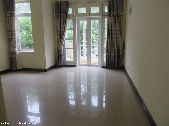 Basically equipped 4 bedroom villa for rent in T7 Ciputra, Tay Ho dist, Hanoi 7