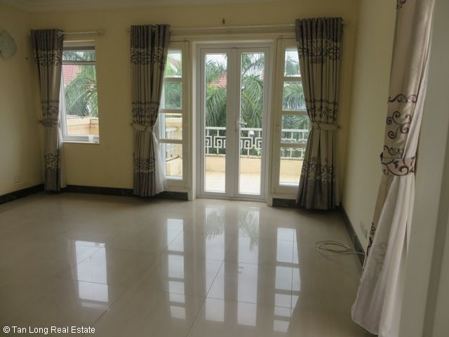 Basically equipped 4 bedroom villa for rent in T7 Ciputra, Tay Ho dist, Hanoi 10