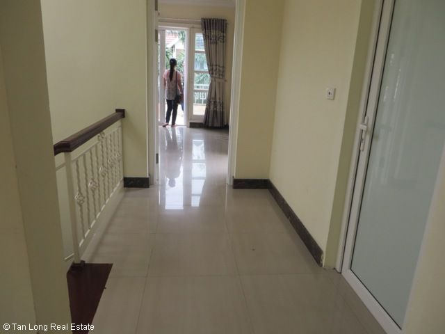 Basically equipped 4 bedroom villa for rent in T7 Ciputra, Tay Ho dist, Hanoi 9