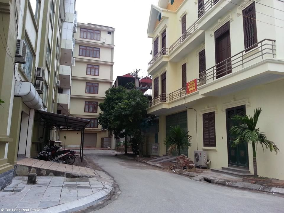 Basically furnished 3.5 storey house for rent in Nguyen Van Troi, Ninh Xa, Bac Ninh 1