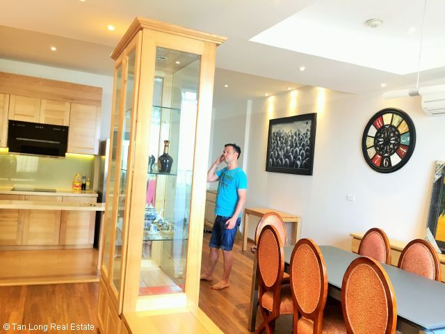 Beautiful 02 beroom-apartment for rent PAKEXIM, Tay Ho district, Hanoi 5