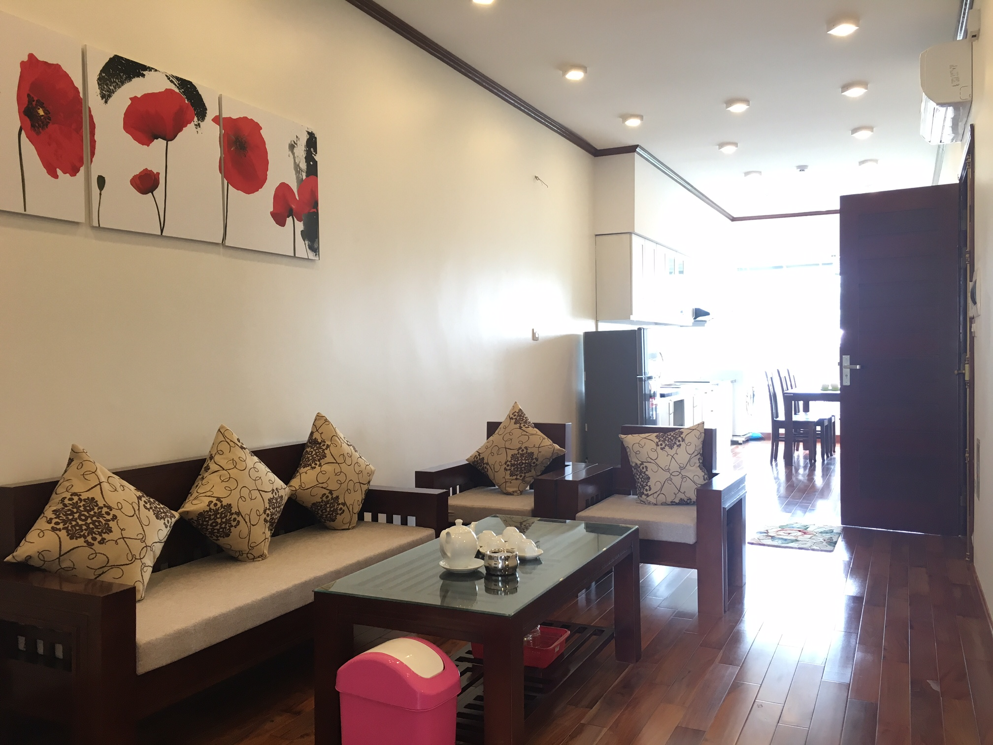 Beautiful 2 bedroom apartment for rent in Tay Ho