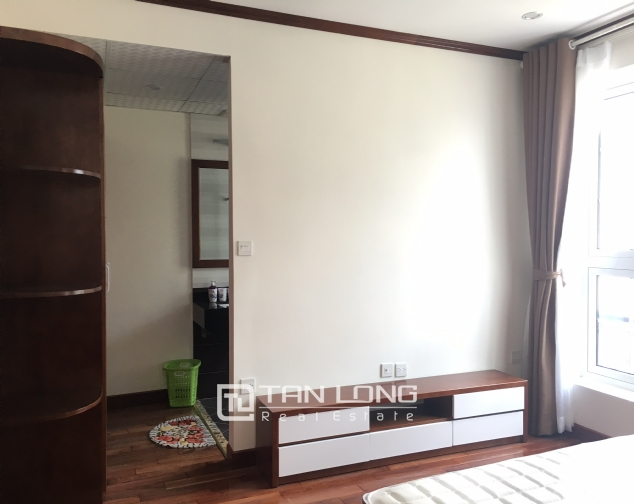 Beautiful 2 bedroom apartment for rent in Tay Ho 1