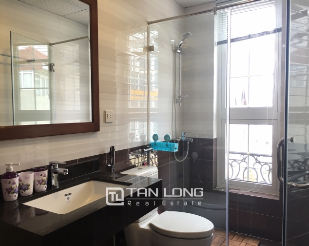 Beautiful 2 bedroom apartment for rent in Tay Ho 2