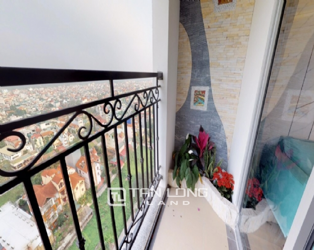 Beautiful 3 bedroom apartment for rent in Tower B, Le Roi Soleil 7