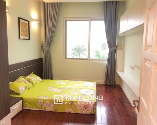 Beautiful 4 bedroom apartment for rent in E4, Ciputra 10