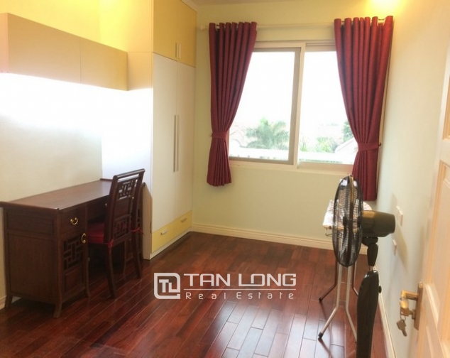 Beautiful 4 bedroom apartment for rent in E4, Ciputra 8