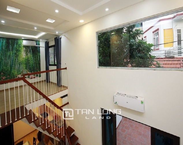 Beautiful 4-bedroom house for rent in 124 Au Co Str, Tay Ho Distr 7