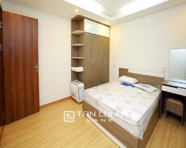 Beautiful 4-bedroom house for rent in 124 Au Co Str, Tay Ho Distr 5