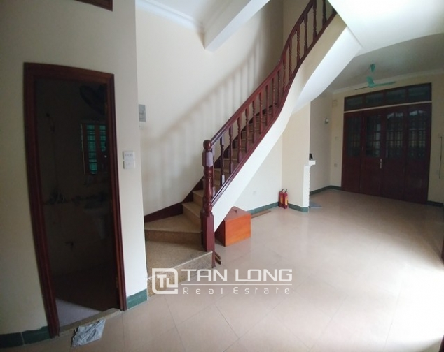 Beautiful 4-storey house for rent in Tran Quy Cap street 2