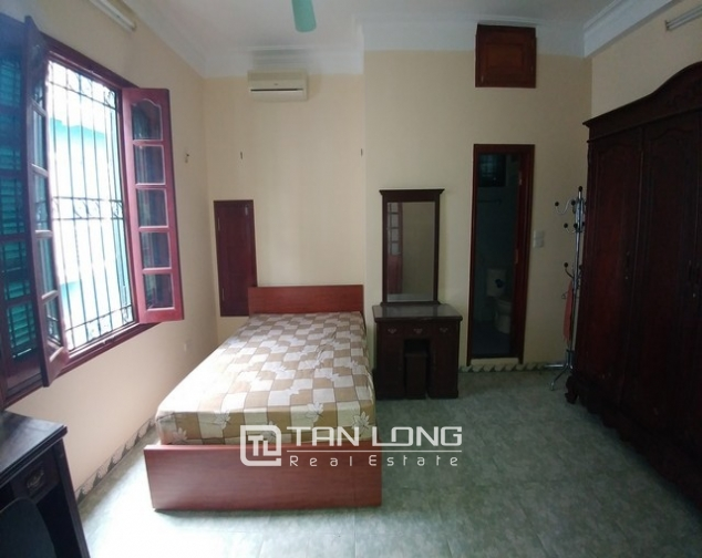 Beautiful 4-storey house for rent in Tran Quy Cap street 10