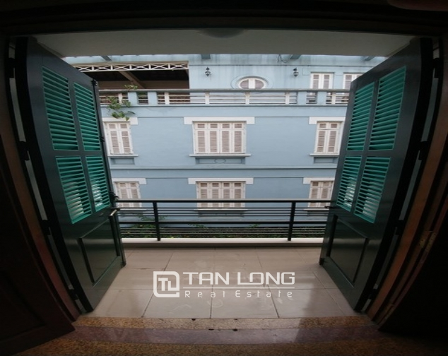 Beautiful 4-storey house for rent in Tran Quy Cap street 1