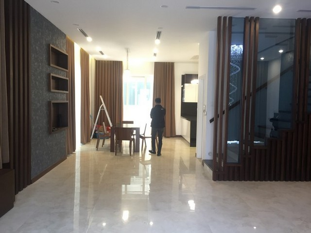 Beautiful Anh Dao villa area in Vinhomes Riverside, Long Bien district, Hanoi for rent