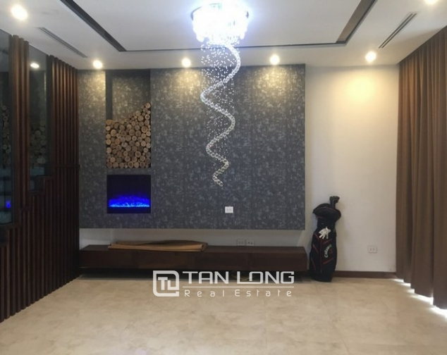 Beautiful Anh Dao villa area in Vinhomes Riverside, Long Bien district, Hanoi for rent 1