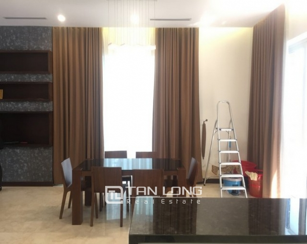 Beautiful Anh Dao villa area in Vinhomes Riverside, Long Bien district, Hanoi for rent 5