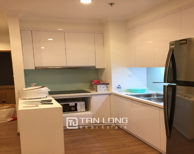 Beautiful apartment for lease in Park2 Times City, Hai Ba Trung District, Hanoi 6