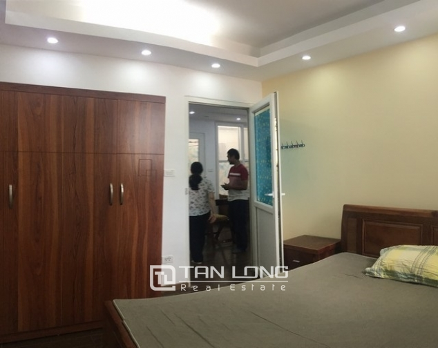 Beautiful apartment for rent at Au Co street, Tay Ho district, Hanoi 4