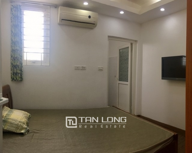 Beautiful apartment for rent at Au Co street, Tay Ho district, Hanoi 5