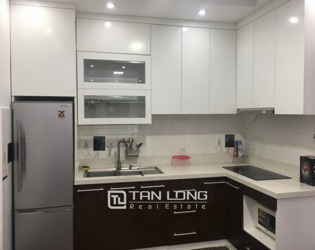 Beautiful apartment for rent at Au Co street, Tay Ho district, Hanoi 6