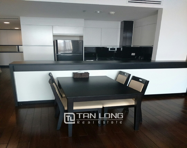 Beautiful apartment for rent in Nui Truc Street, Ba Dinh District, Hanoi. 4