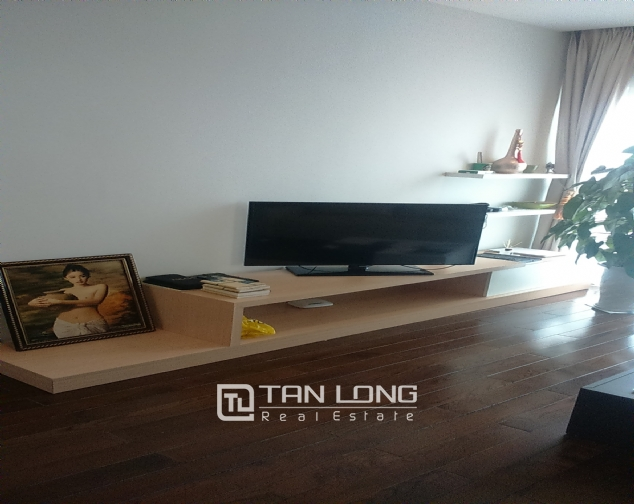 Beautiful apartment for rent in Nui Truc Street, Ba Dinh District, Hanoi. 3