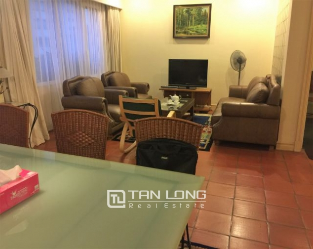 Beautiful apartment for rent on Nguyen Binh Khiem 1