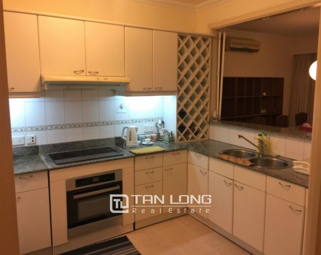 Beautiful apartment for rent on Nguyen Binh Khiem 2