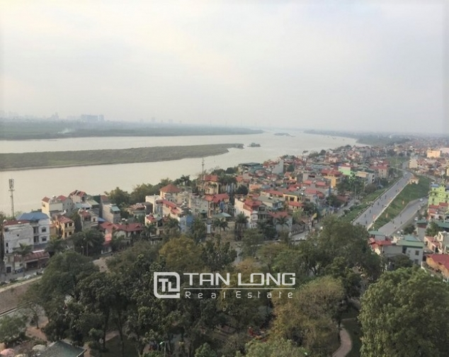Beautiful apartment  in Mipec Riverside, Long Bien district, Hanoi for rent 4