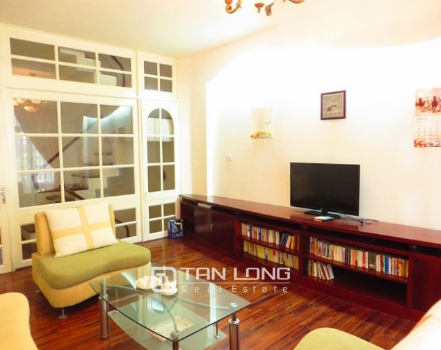 Beautiful house for lease on Linh Lang str., Ba Dinh distr., Hanoi 1