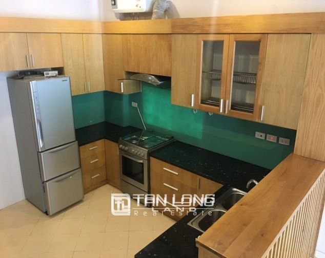 Beautiful house for rent in Tu Hoa street, Tay Ho dist 5